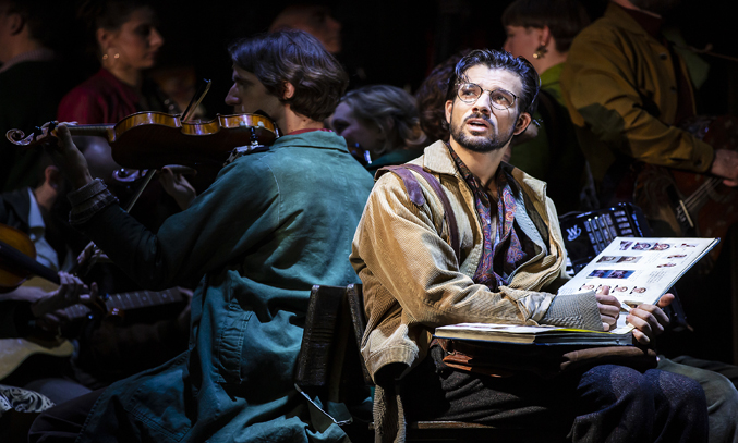 Danny Mac in AMELIE THE MUSICAL
