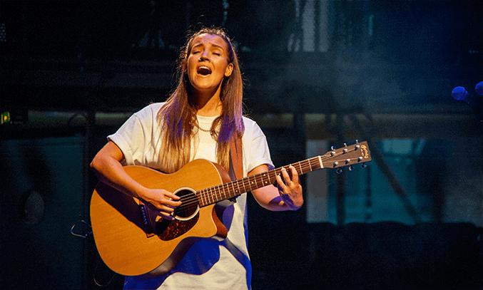 Lauryn Redding in BLOODY ELLE at Royal Exchange Theatre. Photo Credit: Pippa Rankin
