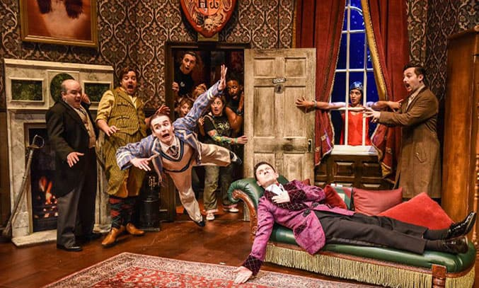 THE PLAY THAT GOES WRONG 2020 UK Tour Cast