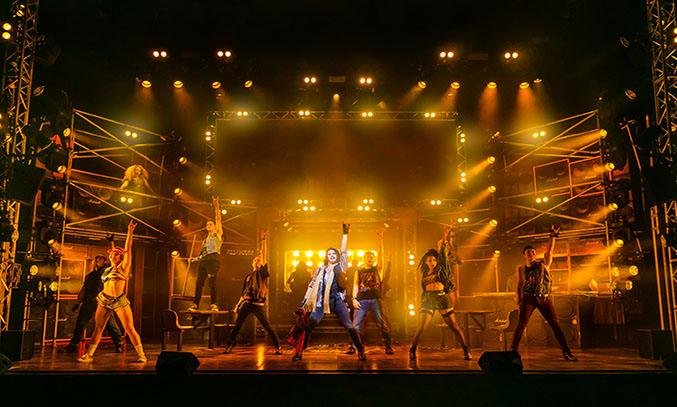 The cast of ROCK OF AGES UK Tour 2021